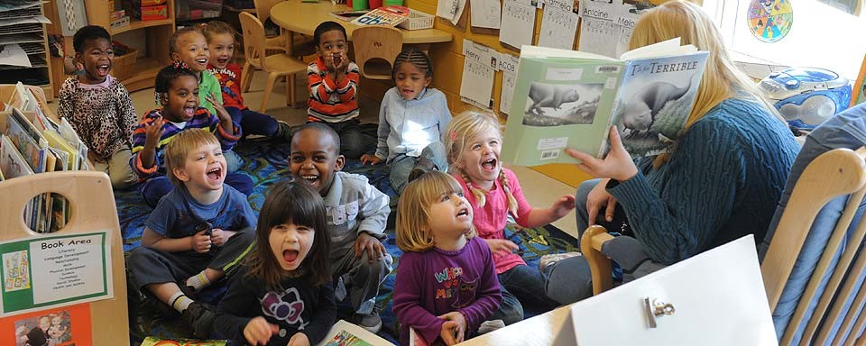 kids-being-read-to-vcu